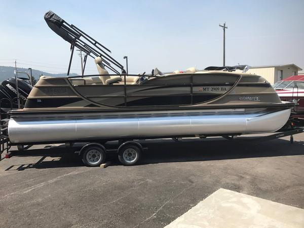 Used Harris Flotebote Crowne 230 Pontoon Boat For Sale