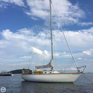 Used Carter 33 Racer and Cruiser Sailboat For Sale