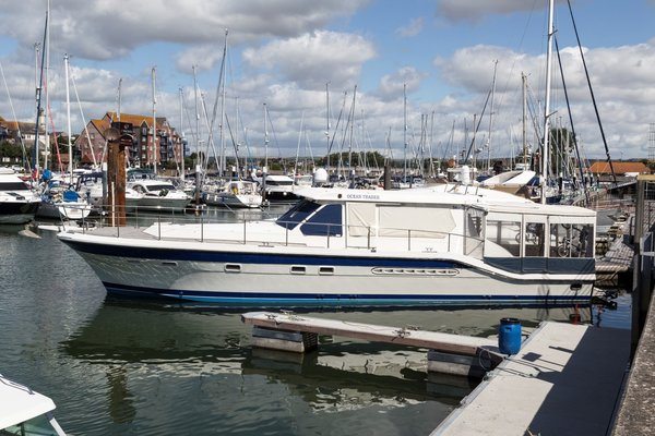 Used Trader 54 Sport Motor Yacht For Sale