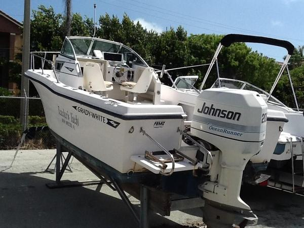 Used Grady White 20 WA Walkaround Fishing Boat For Sale