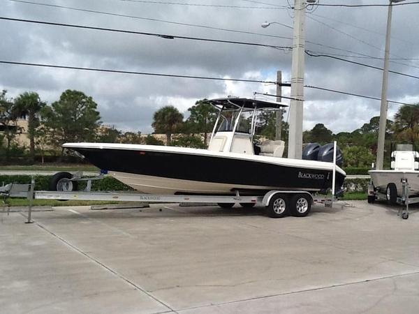 Used Blackwood 2727 Bay Boat For Sale