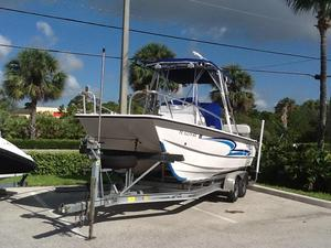 Used Twin Vee 22 Center Console22 Center Console Saltwater Fishing Boat For Sale