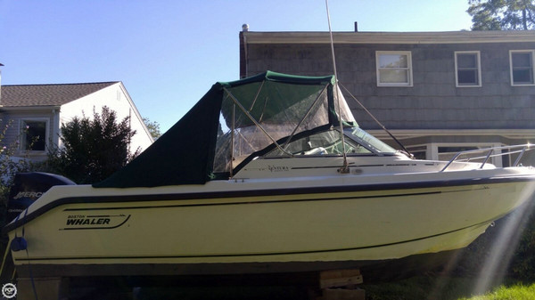 Used Boston Whaler 21 Ventura Bowrider Boat For Sale