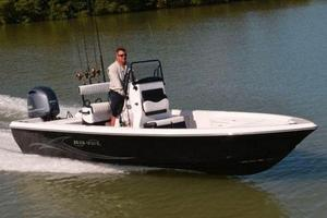 New Blue Wave 2200 Pure Bay Boat For Sale