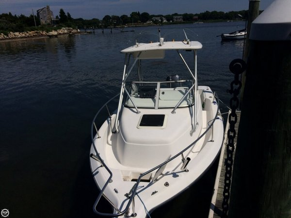 Used Century 2300 WA Walkaround Fishing Boat For Sale