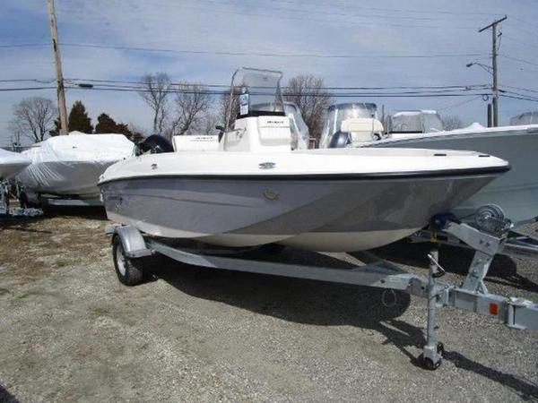 New Bayliner Element F18Element F18 Center Console Fishing Boat For Sale