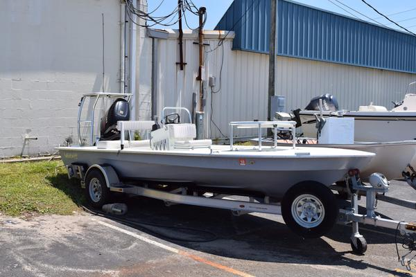 Used East Cape Vantage Flats Fishing Boat For Sale