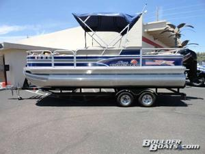 Used Sun Tracker Fishin' Barge 22 DLX Pontoon Boat For Sale