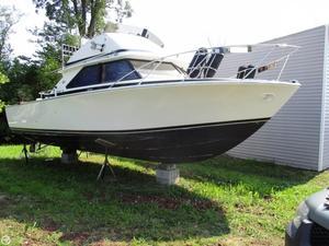 Used Bertram 28 Flybridge Cruiser Express Cruiser Boat For Sale