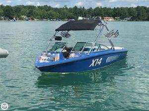 Used Mastercraft X14 Ski and Wakeboard Boat For Sale