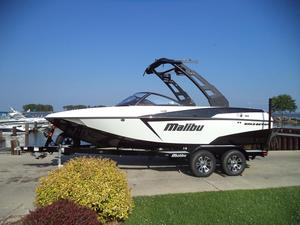 New Malibu Boats Llc Wakesetter 20 VTX Ski and Wakeboard Boat For Sale