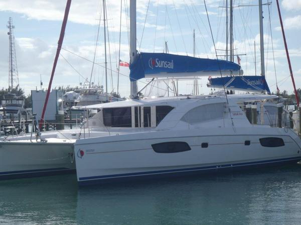 Used Robertson And Caine Leopard 44 Catamaran Sailboat For Sale