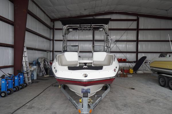 Used Sea-Doo 230 Challenger SE Ski and Wakeboard Boat For Sale