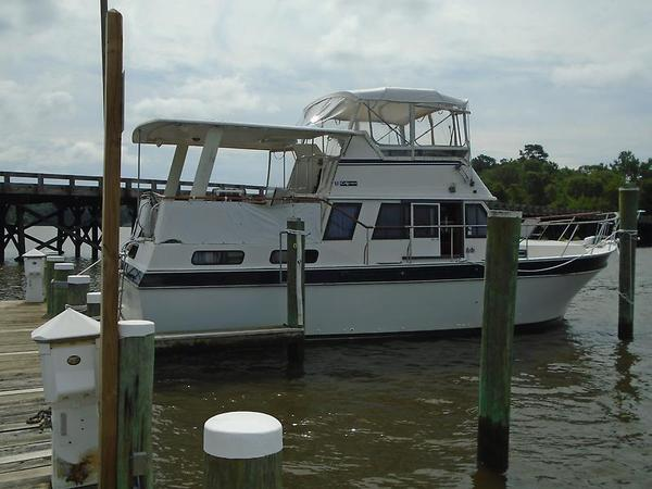 Used Californian 38 Motor Yacht Cruiser Boat For Sale