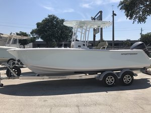 New Sportsman Boats 231 Center Console Fishing Boat For Sale
