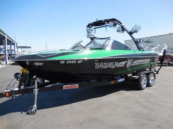 Used Malibu 23 Wakesetter LSV Runabout Boat For Sale