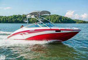 Used Yamaha AR 210 Ski and Wakeboard Boat For Sale