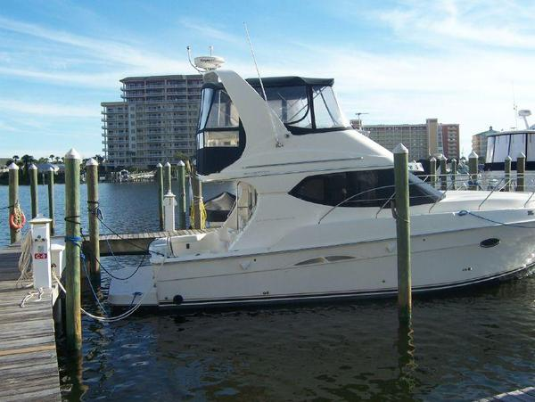 Used Silverton 340 Convertible Motor Yacht For Sale
