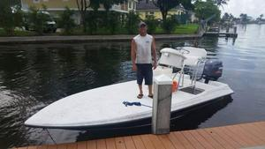 Used Stratos Flats Boat 20 Flats Fishing Boat For Sale