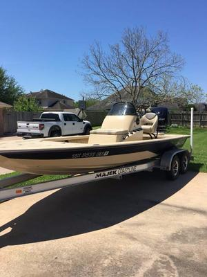 Used Majek Extreme 22 Flats Fishing Boat For Sale