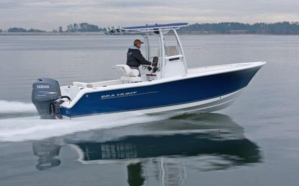 New Sea Hunt Ultra 225 Center Console Fishing Boat For Sale