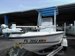 Used Angler 2000 Grande Bay Boat For Sale