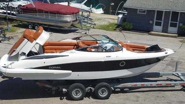 Used Doral Elite 265 BR Bowrider Boat For Sale