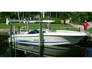 Used Hydra Sports 2900 Vector Center Console Fishing Boat For Sale