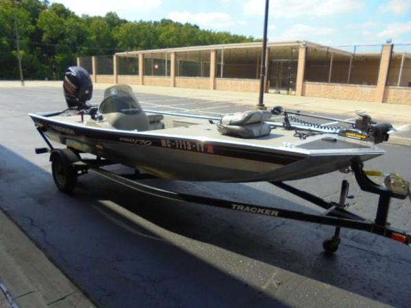 Used Tracker Pro 170 Freshwater Fishing Boat For Sale
