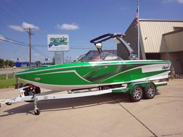 New Tige Ski and Wakeboard Boat Ski and Wakeboard Boat For Sale