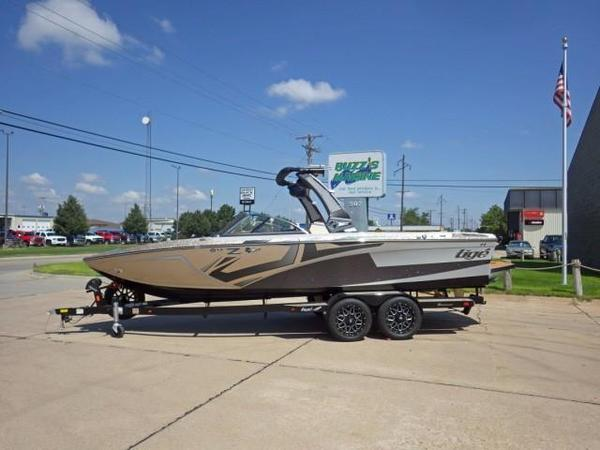 New Tige Ski and Wakeboard Boat Ski and Wakeboard Boat For Sale