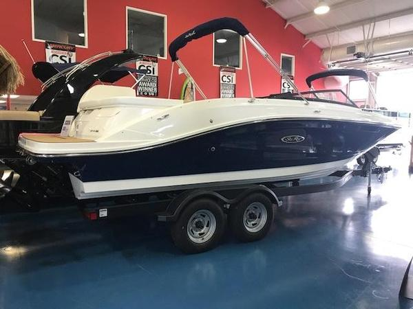 New Sea Ray SPX230SPX230 Bowrider Boat For Sale