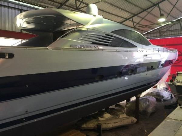 Used Pershing 76 Express Cruiser Boat For Sale