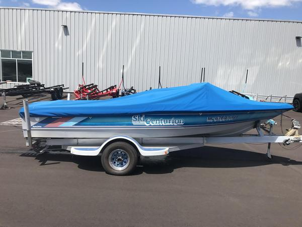 Used Centurion Ski Centurion Ski and Wakeboard Boat For Sale