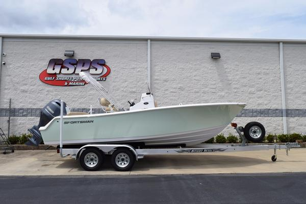 New Sportsman Heritage 211 CC Center Console Fishing Boat For Sale