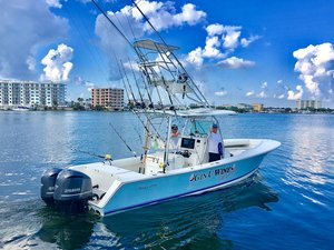 Used Regulator Tower 300 HP Yamahas Center Console Fishing Boat For Sale