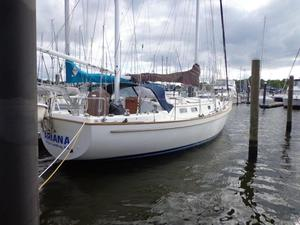 Used Pearson 424 Cruiser Sailboat For Sale