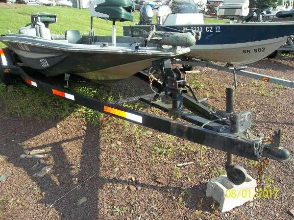 Used Hydra-Sports 18' BASSBOAT Bass Boat For Sale