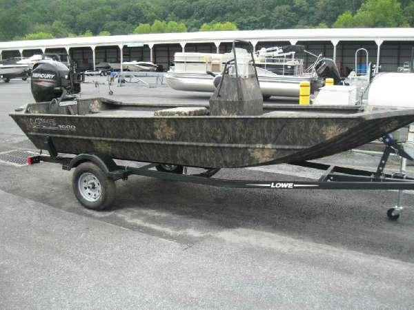 New Lowe Roughneck 1660 Tunnel Jet Pathfinder Freshwater Fishing Boat For Sale