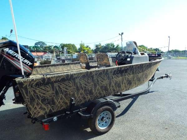 New Lowe FM 165 Pro Poly Camo Freshwater Fishing Boat For Sale