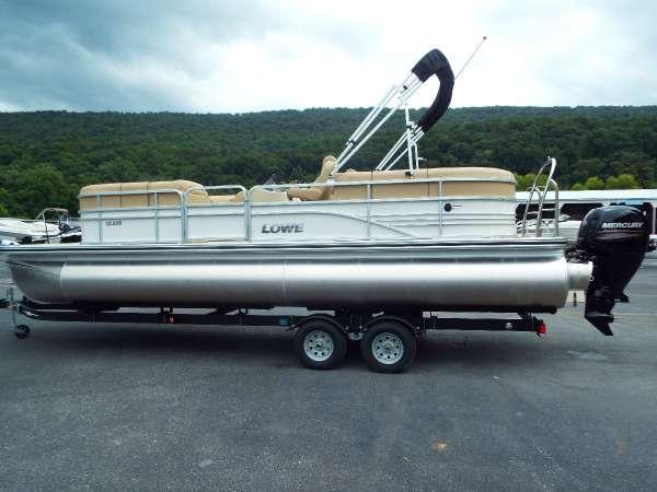 New Lowe SS250 XD Pontoon Boat For Sale