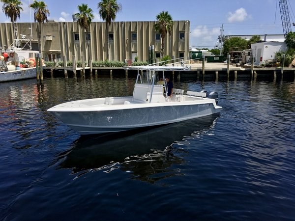 New Contender 28S Center Console Fishing Boat For Sale