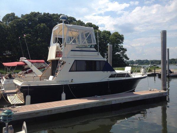 Used Stamas Flybridge Boat For Sale