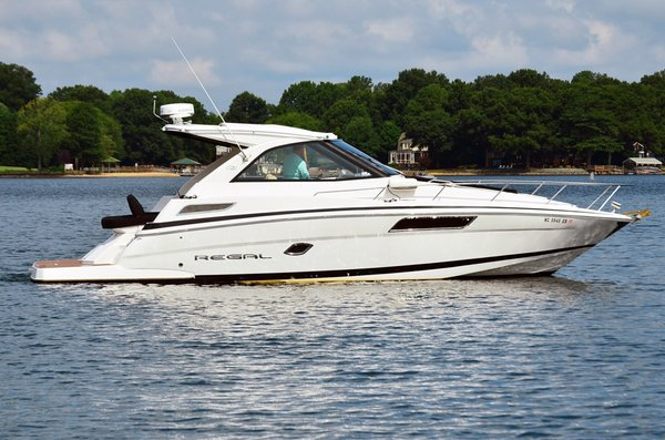 Used Regal Sport Coupe Cruiser Boat For Sale