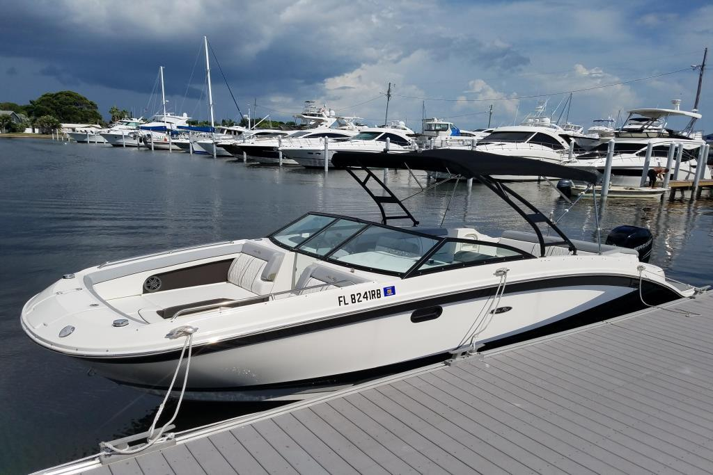 2016 Used Sea Ray 270 SUNDECK OB Sports Cruiser Boat For Sale