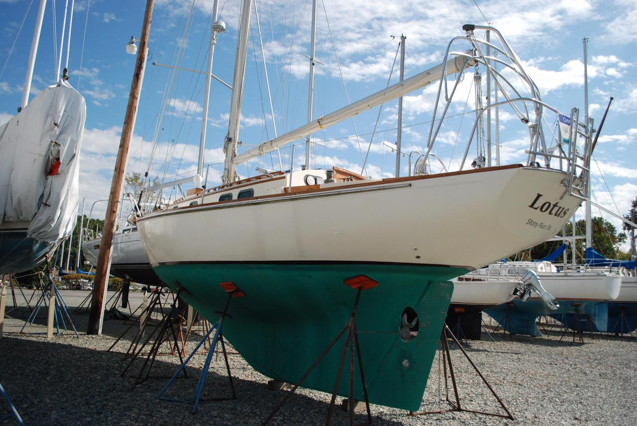 1983 used sea sprite 34 sloop sailboat for sale 34 900 rock rh moreboats com Voltmeter Gauge Wiring Diagram Garage Wiring-Diagram