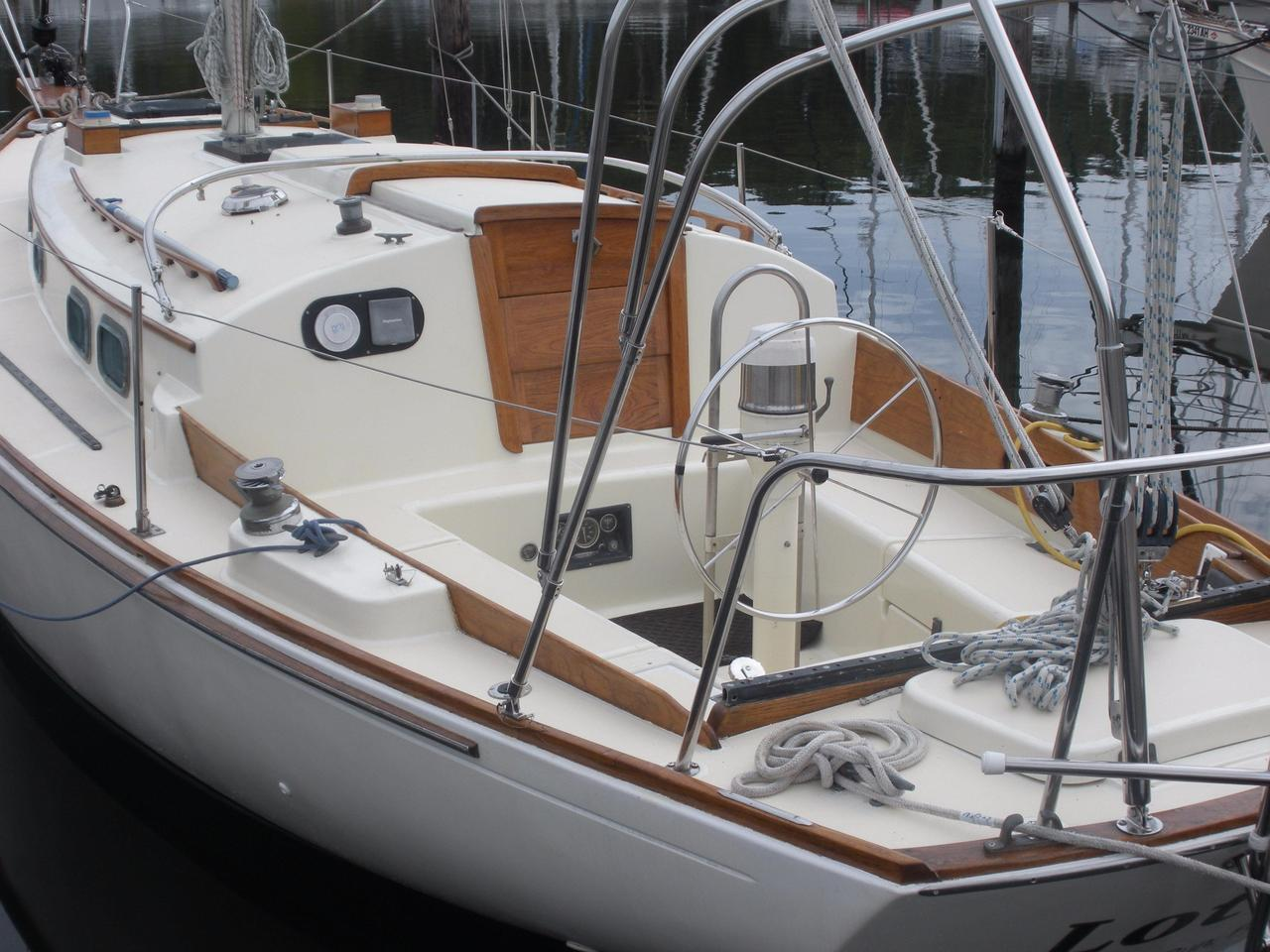 1983 used sea sprite 34 sloop sailboat for sale 34 900 rock rh moreboats com Voltmeter Gauge Wiring Diagram Automotive Wire Gauge