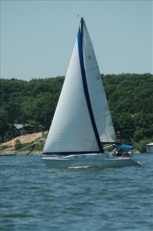 Used Ericson 36 Racer and Cruiser Sailboat For Sale