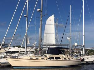 Used Island Packet 445 Cruiser Sailboat For Sale