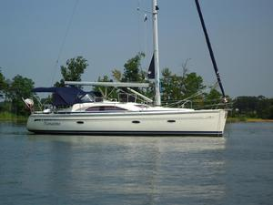 Used Bavaria Vision 40 Deck Saloon Sailboat For Sale